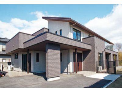 シンプルなデザイン性と耐久性を備えた家